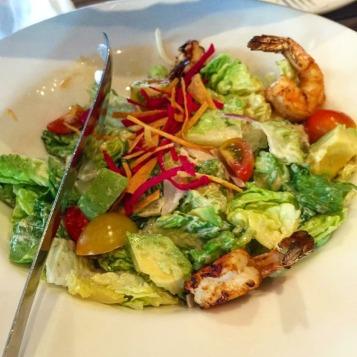 Grilled Prawn & Avocado Salad