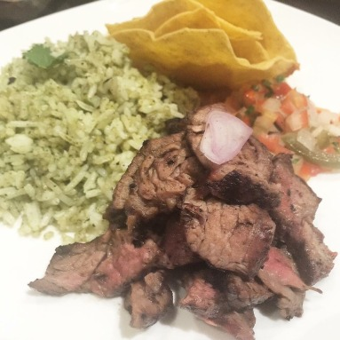 Steak con Arroz
