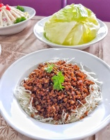 Minced Pork with Lettuce